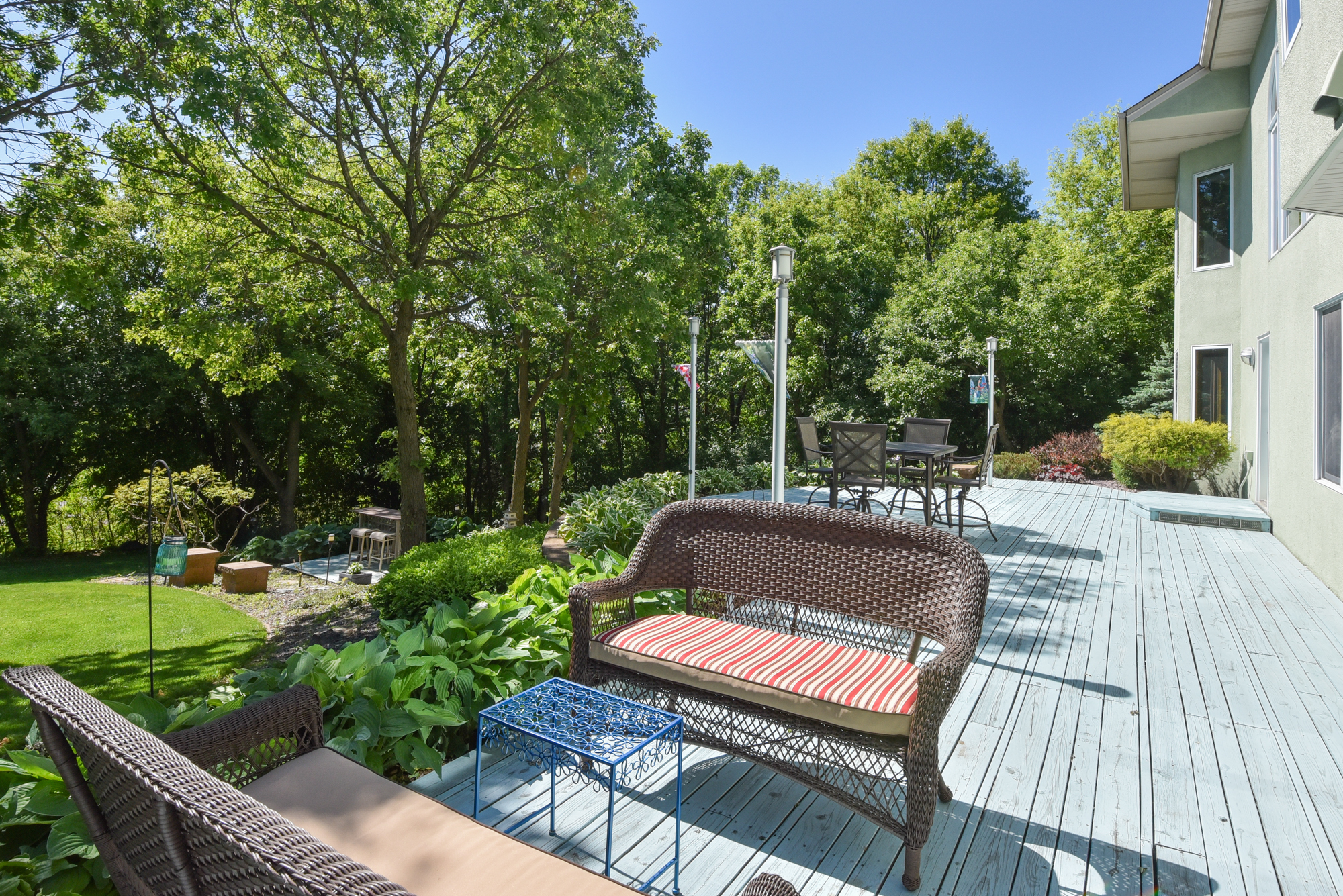 530 Majestic Oaks Deck – Lower Level